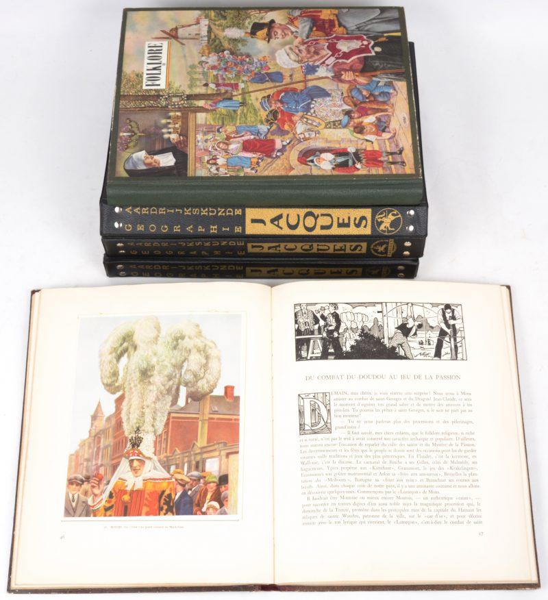 Vijf chromo-albums:- Drie albums over aardrijkskunde, uitgegeven door Chocolade Jacques.- Twee albums over Belgische folklore, uitgegeven door Côte-d'or.