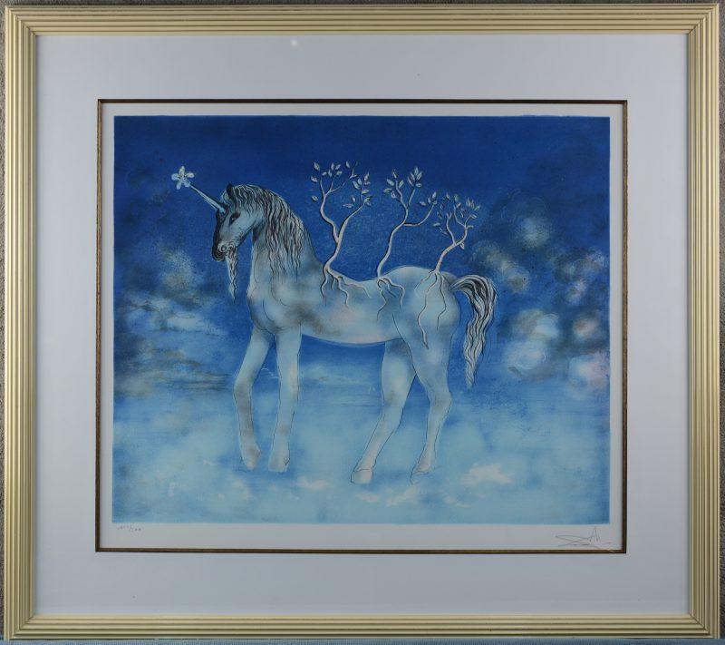 """""""La licorne"""". Een lithografie. Buiten de plaat gesigneerd en genummerd 117/300."""
