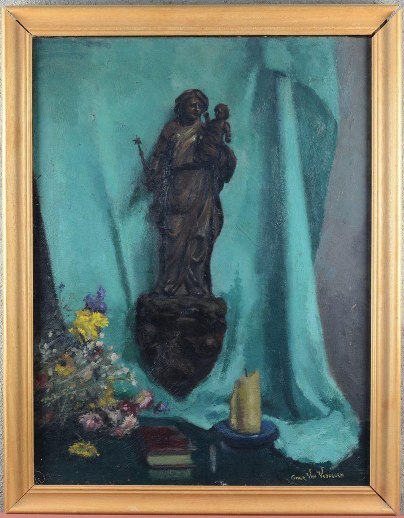 """""""Stilleven met Mariabeeld"""". Olieverf op doek. Gesigneerd."""