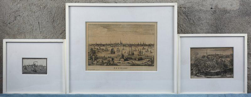 Een lot van drie antieke gravures, waarbij twee met zicht op Antwerpen en één met een veldslag uit de 80-jarige oorlog.