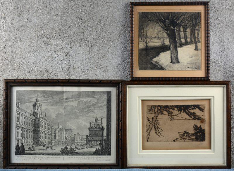 """Drie werken op papier:- """"Visser"""" Een ets. Gesigneerd buiten de plaat 'E. Yoors'. (13,5 x 22 cm)- """"Gezicht op het stadhuis, de Nieuwe Kerk en de Waag op den Dam. Een gravure. (27 x 37 cm)- """"Wilgen bij een beek"""". Een houtskooltekening. Gesigneerd door Gérard. Hermans  en gedateerd 1928. (24 x 24 cm)"""