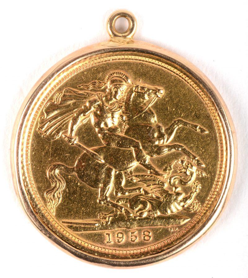 Een 14 K geelgouden hanger met 22 K geelgouden munt. Elizabeth II.