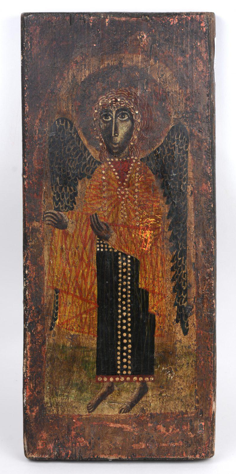 Een antieke icoon met beeltenis van een aartsengel.
