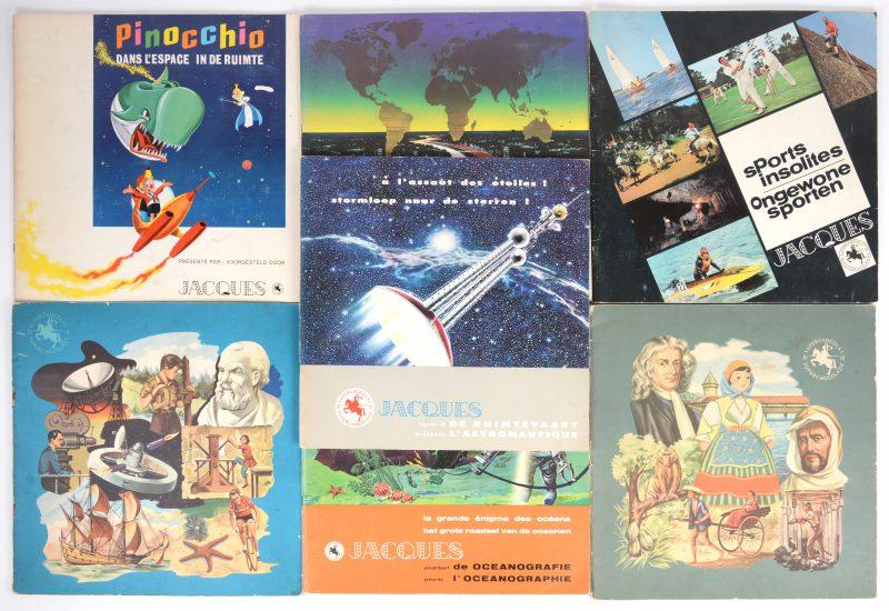 Een lot van zeven chromo-albums van Chocolade Jacques. Op enkele prentjes na compleet.