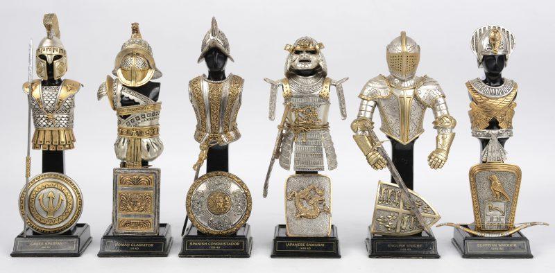 Een reeks van zes metalen miniatuur harnassen. Ed. Franklin Mint.