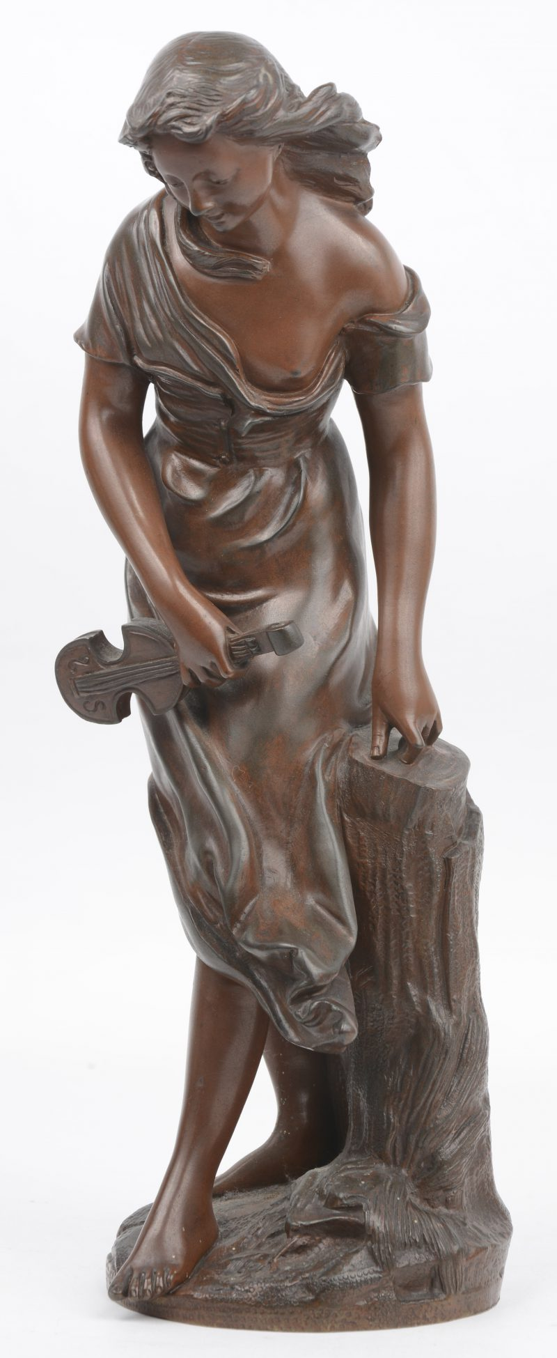 """""""Mignon. (Meisje met mandoline)"""" Beeld in gepatineerd brons. 19de eeuw, apocrief signatuur 'Bouret'."""